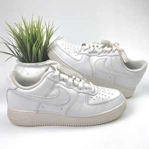 Nike Air Force 1 '07 Sneakers In White 315122-111